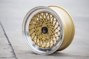 Lenso BSZ 8x17Zoll ET35 4x100 Gold Silber Schwarz
